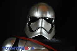 SDCC 2016 Exclusive JAKKS Pacific Premium Edition Captain Phasma 20″ Figure Review