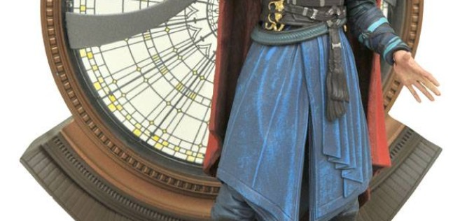 Diamond Select Toys Marvel Select Doctor Strange Official Images