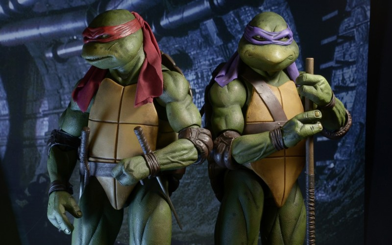 NECA Toys Teenage Mutant Ninja Turtles 1/4″ Scale Raphael On Official Amazon & eBay Storefront