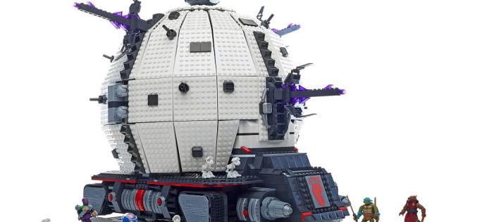 """Mega Bloks Teenage Mutant Ninja Turtles Technodrome Now $149.99 On Toys """"R"""" Us"""