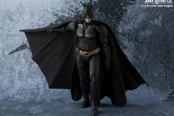 S.H. Figuarts The Dark Knight – Batman Figure