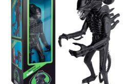 Super 7 Aliens Warrior 18″ Classic Toy Edition