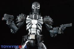 Disney Store Exclusive Marvel Select Agent Venom Figure Review