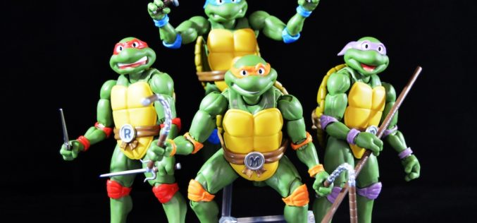 S.H. Figuarts Teenage Mutant Ninja Turtles Raphael & Michelangelo Figures Review