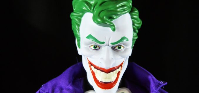JAKKS Pacific Big Figs Tribute Series DC Originals 19-Inch The Joker Figure Review