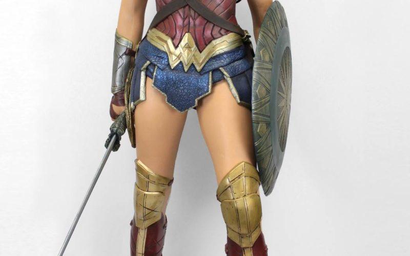 NECA Toys Wonder Woman New Life-Size Foam Figure