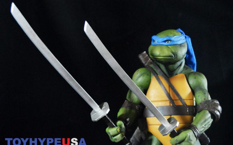 NECA Toys Teenage Mutant Ninja Turtles 1/4″ Leonardo Figure Review