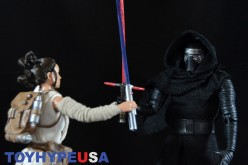 Disney Store Star Wars 10″ Elite Series Figures – The Force Awakens Kylo Ren & Rey Review